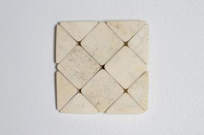 Lattice brooch