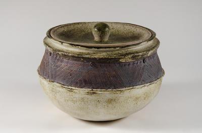 Large lidded storage pot