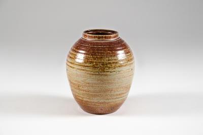 Vase; 2010.3.57