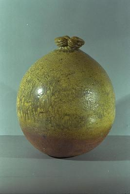 Vase: Thick Lipped Pot