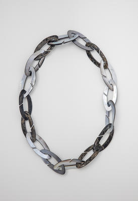 Black Lipped Oyster Shell Chain