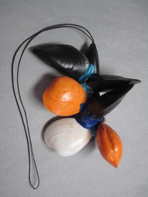 Shell pendant; 2015.6.1