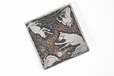 Animal type square brooch